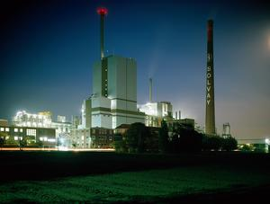 Rheinberg plant by night, east view
